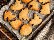 Домашни сладки изрязани с формички